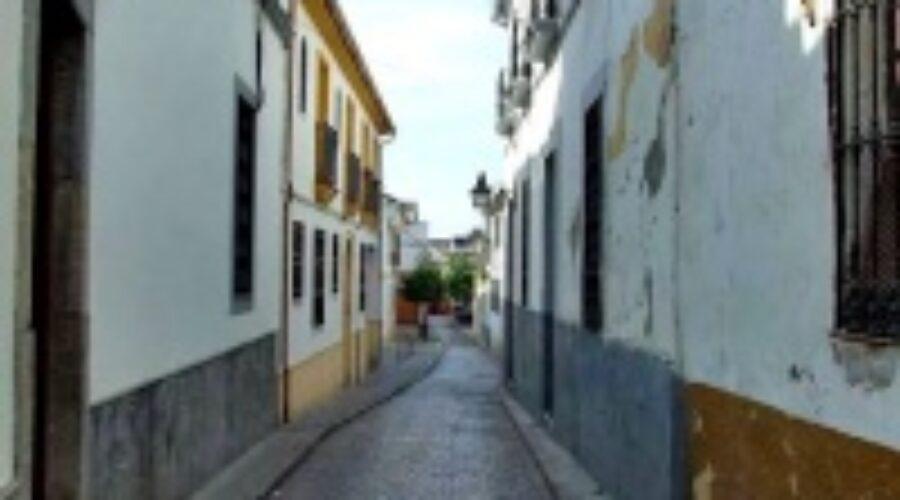 Leyenda del duende de la casa en la calle Almonas